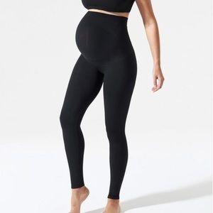 Blanqi pregnancy and postpartum leggings